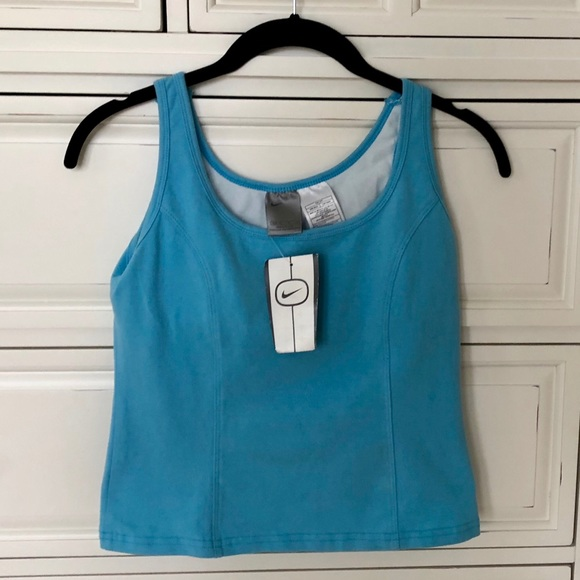 f43d953a554ab Nike Workout Tank with Built In Bra NWT